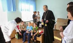 БРОВАРИ. Благочинний Першого Броварського округу відвідав дитячу лікарню